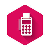 istock White POS terminal with inserted credit card and printed reciept icon isolated with long shadow. NFC payment concept. Pink hexagon button. Vector Illustration 1256114955