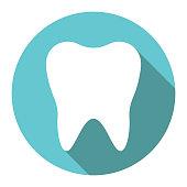 istock White tooth, flat design 912441172