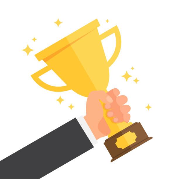 ilustrações, clipart, desenhos animados e ícones de vencedor, segurando a taça de ouro na mão - troféu