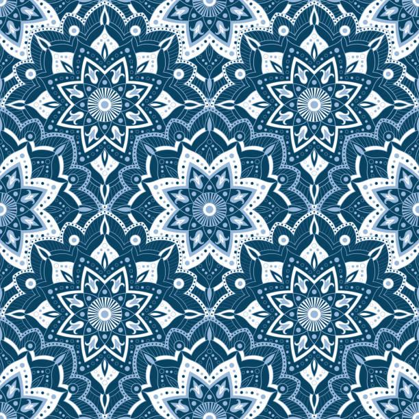 winter blaue schneeflocke muster hintergrund. spitzen-mandala-muster vektor nahtlose - ramadan kareem stock-grafiken, -clipart, -cartoons und -symbole
