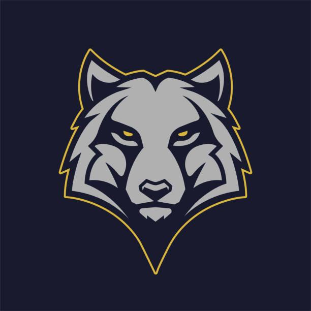illustrazioni stock, clip art, cartoni animati e icone di tendenza di wolf mascot vector icon - lupo
