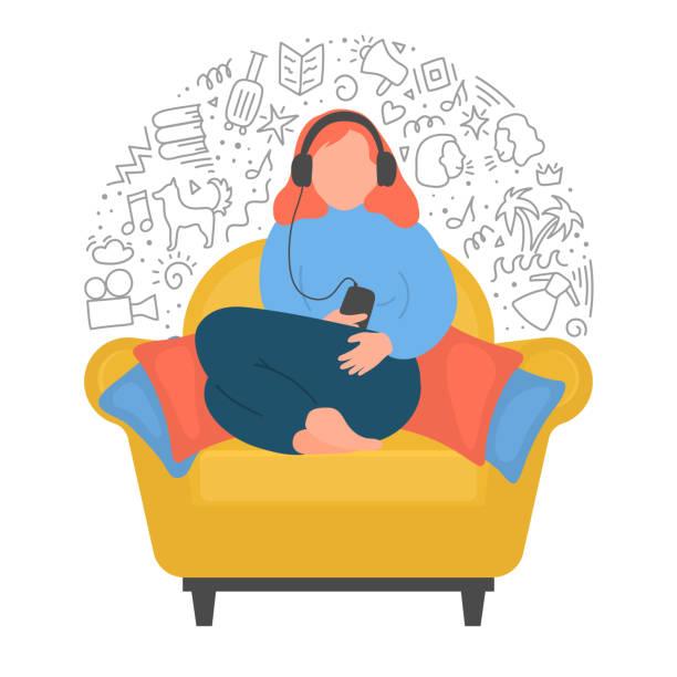 bildbanksillustrationer, clip art samt tecknat material och ikoner med kvinna lyssnar podcasts, online-utbildning, musik eller online radio. - listen