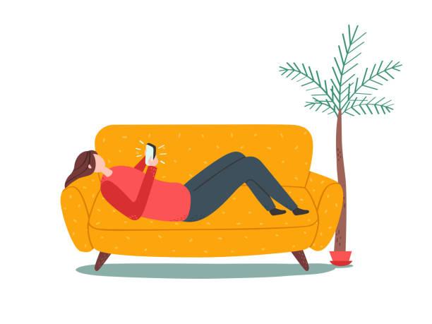 スマート フォンでソファーに横たわる女。素朴なスタイル。 - ソファ点のイラスト素材/クリップアート素材/マンガ素材/アイコン素材