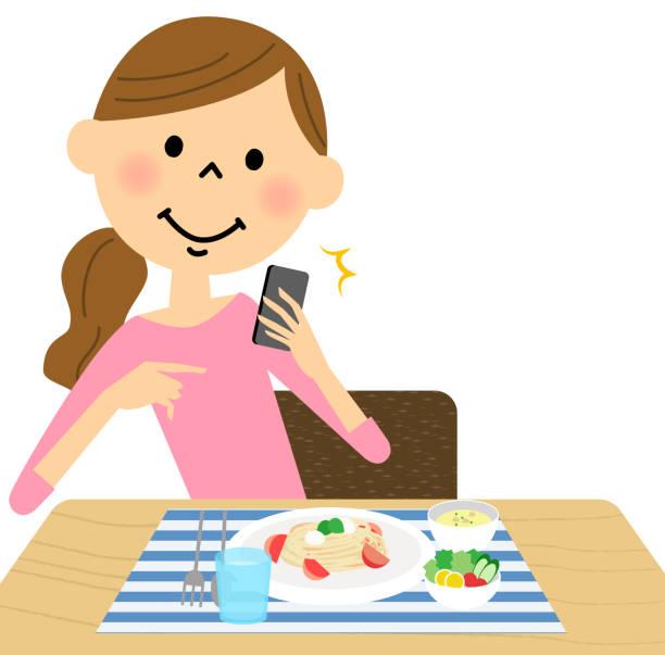 woman to shoot a meal - 主婦 日本人点のイラスト素材/クリップアート素材/マンガ素材/アイコン素材