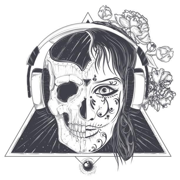 womans kopf mit einer halben gesicht schädel gravierte vektor - totenkopf tattoos stock-grafiken, -clipart, -cartoons und -symbole