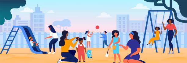 illustrations, cliparts, dessins animés et icônes de femmes jouant avec des gosses sur l'aire de jeux maternelle - famille avec enfants