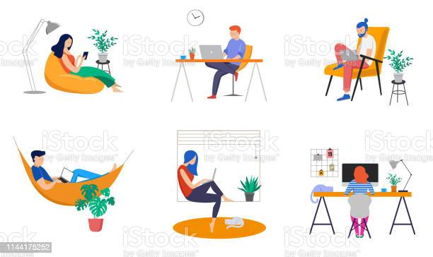 Arbeiten Zu Hause Coworking Space Concept Illustration Jugendliche Mann Und Frau Freiberufler Arbeiten Zu Hause Vector Flachstilillustration Stock Vektor Art und mehr Bilder von Arbeiten