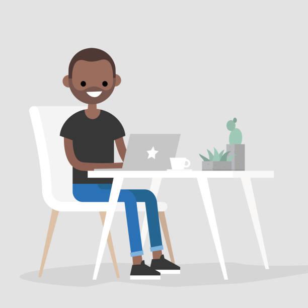 Espacio de trabajo. Joven negro carácter teclear en un ordenador portátil / plano editable vector Ilustración, clip art - ilustración de arte vectorial