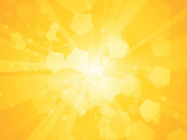 ilustraciones, imágenes clip art, dibujos animados e iconos de stock de rayos de sol de fondo amarillo polígono geométrica - fondos coloridos