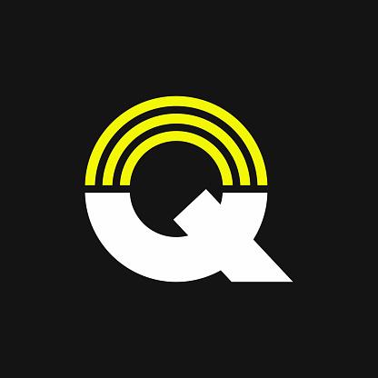 Yellow Lines Geometric Vector Logo Letter Q