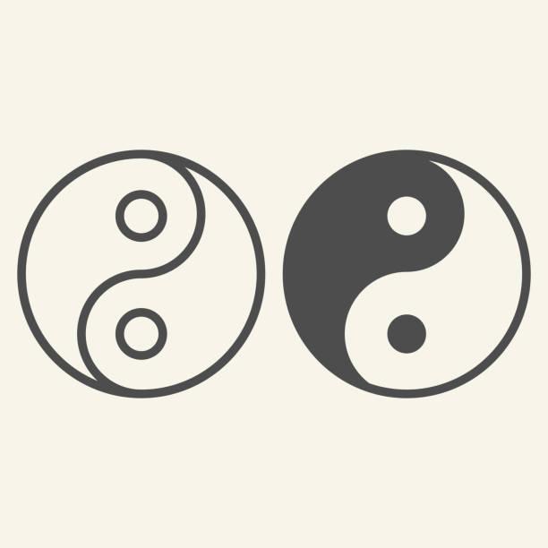 ilustraciones, imágenes clip art, dibujos animados e iconos de stock de línea yin yang e icono sólido. símbolo de armonía y equilibrio, pictograma de estilo de contorno sobre fondo beige. firma de filosofía budista yin-yang para el concepto móvil y el diseño web. gráficos vectoriales. - yin yang symbol
