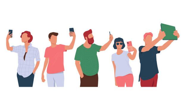 jugendliche machen selfie-foto mit smartphones - selfie stock-grafiken, -clipart, -cartoons und -symbole