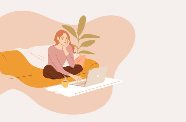 illustrazioni stock, clip art, cartoni animati e icone di tendenza di young woman using computer while sitting on sofa at home - donne giovani