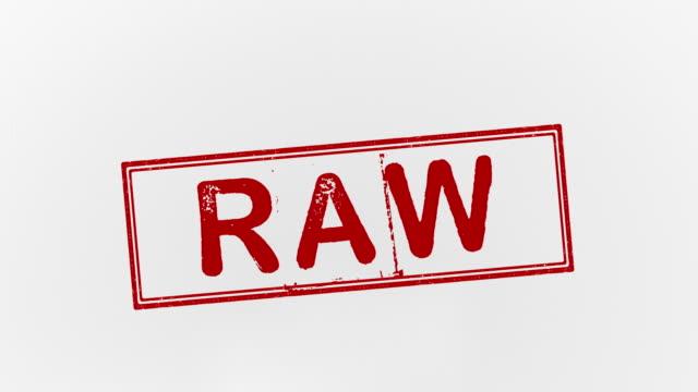 raw - молодой картофель стоковые видео и кадры b-roll
