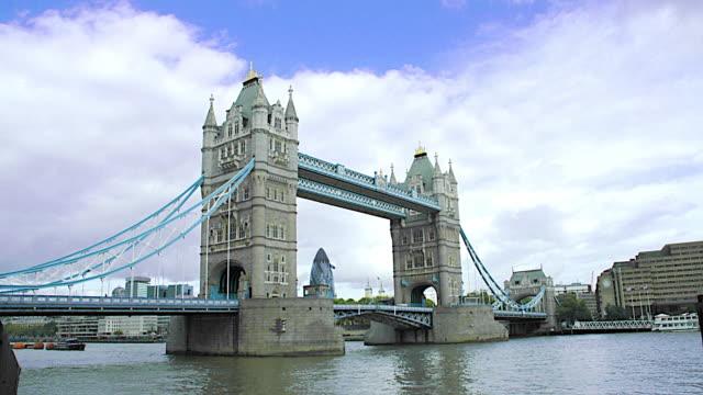 LONDON - TOWER BRIDGE 1 video
