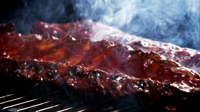 SMOKIN' BBQ RIBS-SLOW MOTION video