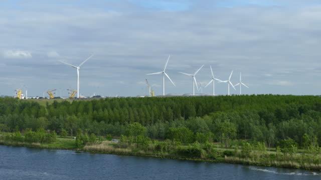 wind turbine - rotterdam video stock e b–roll