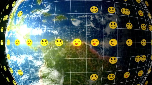 erde-emoticon-netzwerk - emojis stock-videos und b-roll-filmmaterial