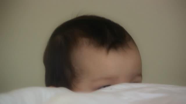 baby testa (hd - solo neonati maschi video stock e b–roll