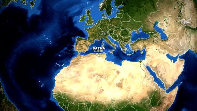 jorden zooma i kartan - albanien batna - ekvatorn latitud bildbanksvideor och videomaterial från bakom kulisserna