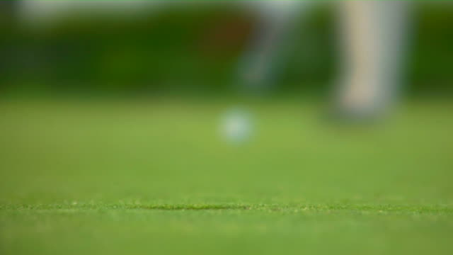 HD 1080p Sinking a 20-Foot putt video