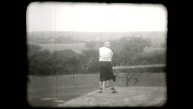 1930s Woman Golfing - 16mm