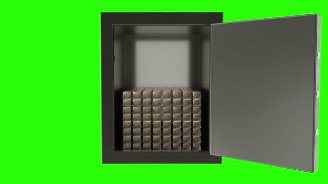 vídeos y material grabado en eventos de stock de animación 3d de abrir y cerrar una caja de banco de metal con pila de algotes dorados. pantalla verde - shield