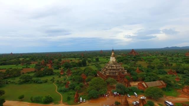 4k aerial rising crane reveal of Shwe Zi gone Pagoda video