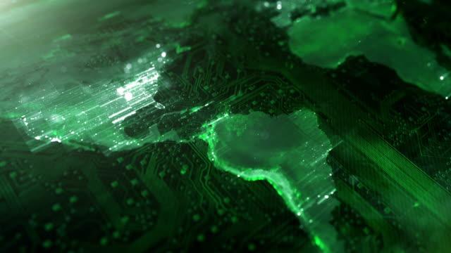 vídeos de stock e filmes b-roll de 4k circuit board world map (green) - loop - green world
