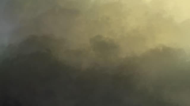 4k color smoke abstract background - гладкая поверхность стоковые видео и кадры b-roll