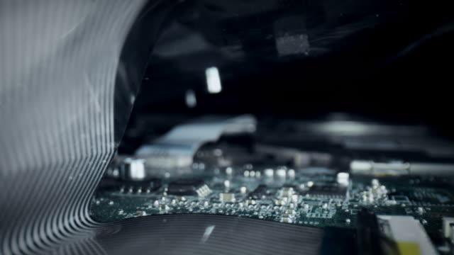 vídeos y material grabado en eventos de stock de 4k extreme close-up, tecnología shot de la placa base de la computadora - placa madre