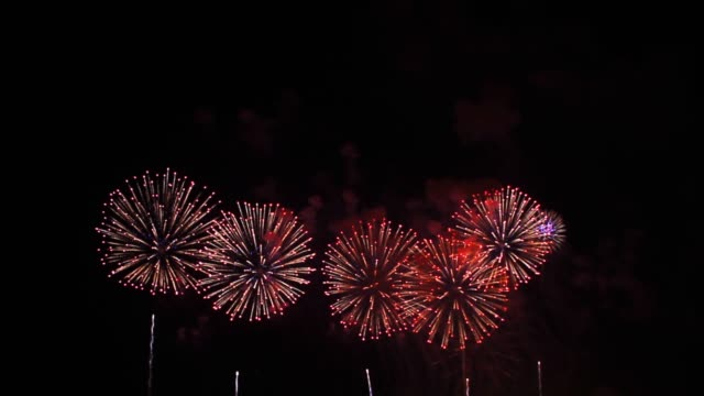 4k firework on new year celebration festival for holiday and party design purpose - happy 4th of july filmów i materiałów b-roll