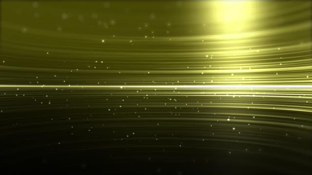 vídeos de stock, filmes e b-roll de fundo abstrato da animação da luz do ouro de 4k streaks - light trail