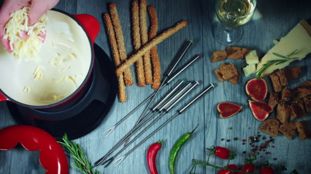 4k Mixed Cheese Fondue, Adding Grated Cheddar video
