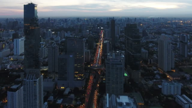 4 k çözünürlüklü bangkok cityscape ariel manzaraya sabah - bangkok stok videoları ve detay görüntü çekimi