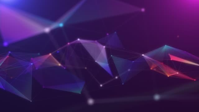vídeos de stock, filmes e b-roll de 4k resolução motion abstract background, polígono e linha conectam-se ao fundo de pontos para ciência e tecnologia de negócios - criação digital