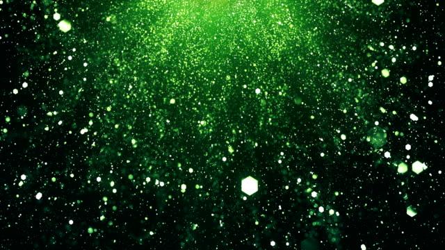 vídeos de stock, filmes e b-roll de 4k fundo partículas brilhantes (verde, vertical) - loop - preservação ambiental