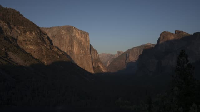 4k time lapse of Yosemite Valley from Tunnel View in California