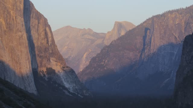 4k time lapse of Yosemite Valley with El Capitan in the center