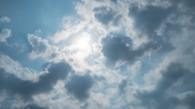vídeos de stock, filmes e b-roll de 4k timelapes de nuvens em movimento - cirro