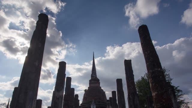 4k timelapse tilt down, Wat Sa-si Temple in sukhothai historical park in Thailand. video