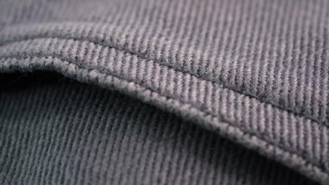 4k uhd кадры джинс куртка - white background стоковые видео и кадры b-roll