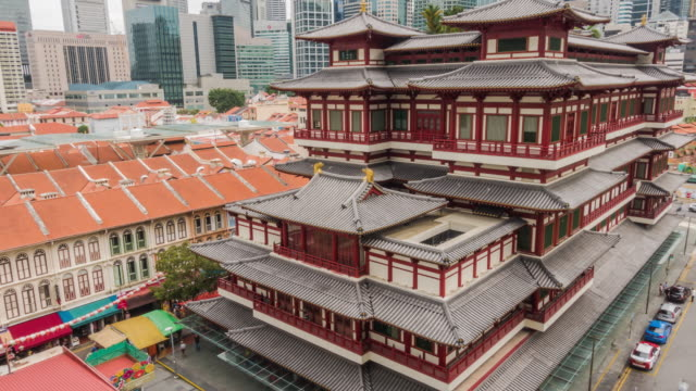 vídeos de stock e filmes b-roll de 4k uhd timelapse at buddha tooth relic temple in china town ,singapore - buda