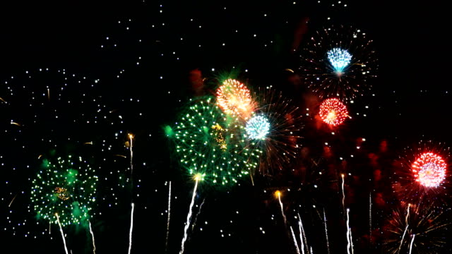 vidéos et rushes de 4k: wonderful international fireworks festival - flûte à champagne