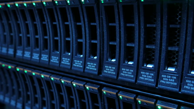 4K:Close-up:Network Storage working real environment