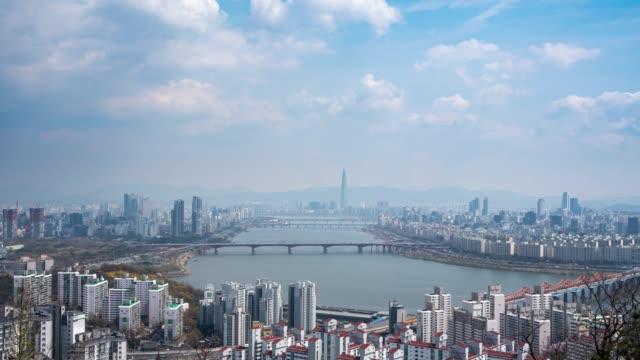 vídeos de stock, filmes e b-roll de 4k, lapso de tempo. a área cénico do rio de han em seoul, o capital de coreia sul. - coreia