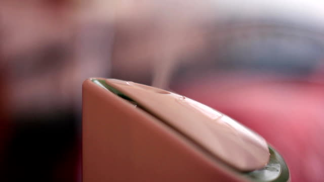 加湿器はフレームのクローズ アップ - 加湿器点の映像素材/bロール