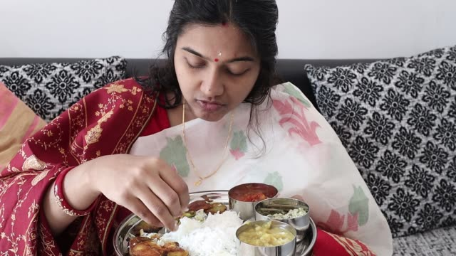 105 People Eating Indian Food Stock Videos and Royalty-Free Footage - iStock
