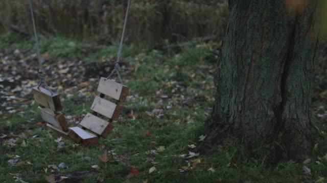 övergivna swing - saknad känsla bildbanksvideor och videomaterial från bakom kulisserna