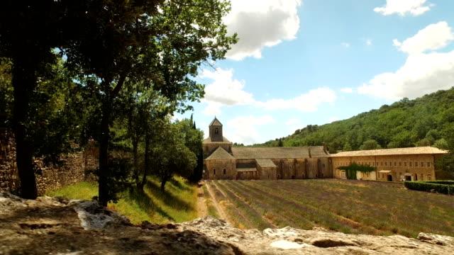 Abbaye Notre-Dame de Sénanque video